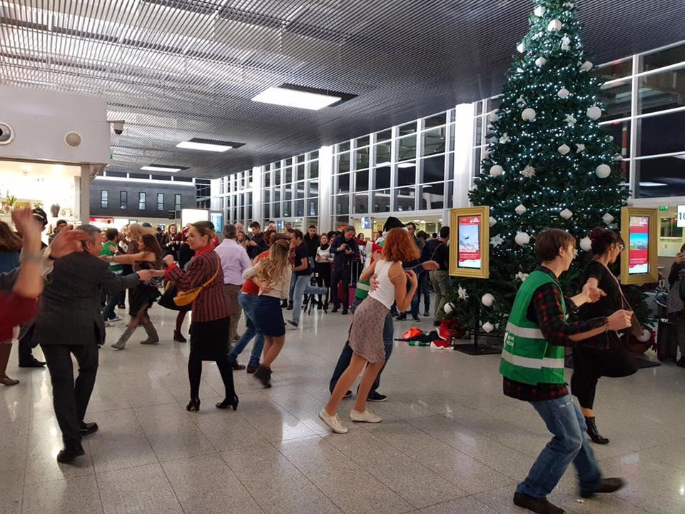 Buon Natale Video.Il Video Di Buon Natale Dell Aeroporto Di Catania Aeroporto