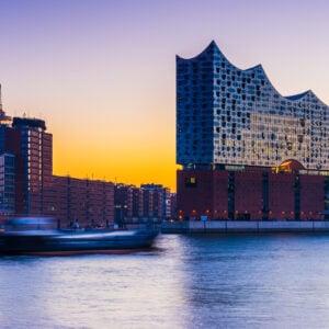 Amburgo vista dal porto