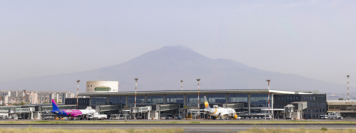 Etna view from Terminal A
